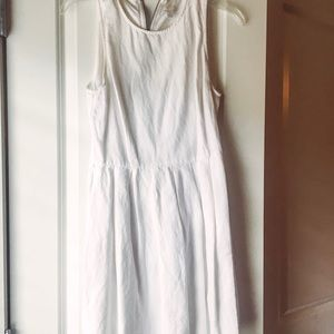 White GAP linen dress